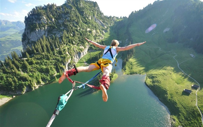 jump flight height extreme fear danger-Sports theme wallpapers Views:8556