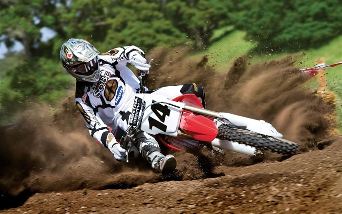 race motorcycle rotation guy-Sports theme wallpapers Views:3075