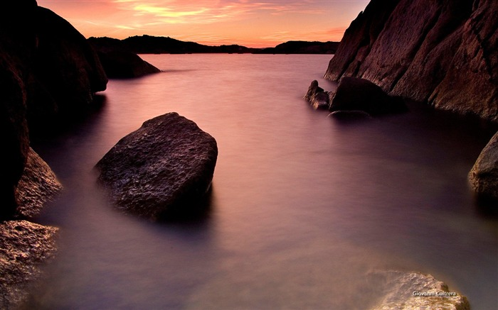 Sardinia coast-Microsoft official Windows theme wallpaper Views:7477