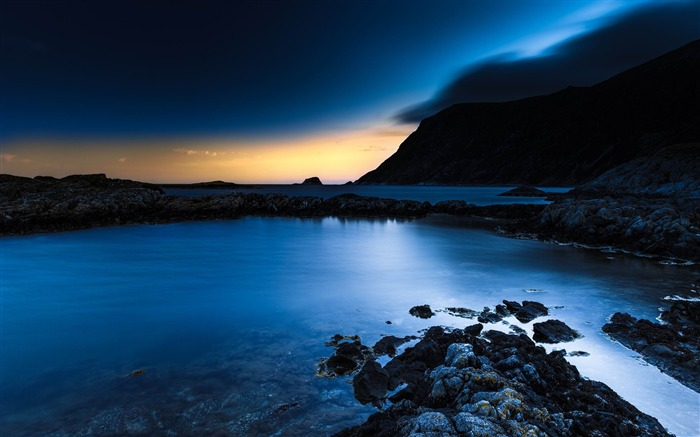 deep blue night-Landscape widescreen wallpaper Views:3194