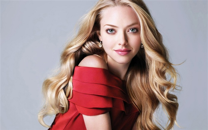 Amanda Seyfried-beauty photo HD wallpaper