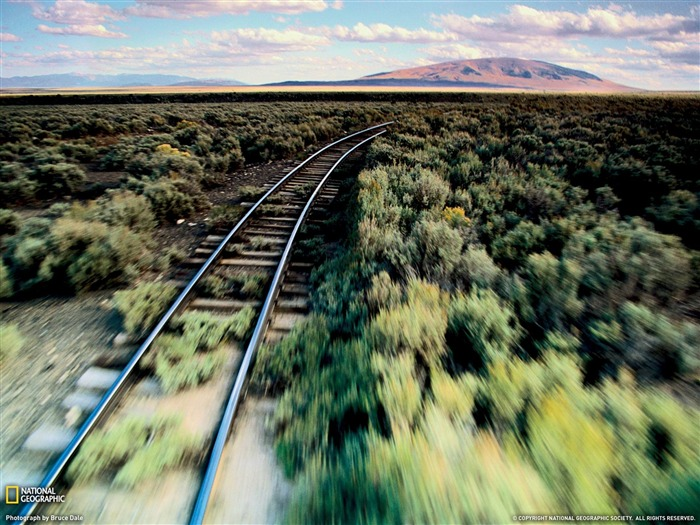 Train Tracks-National Geographic wallpapers Views:5083