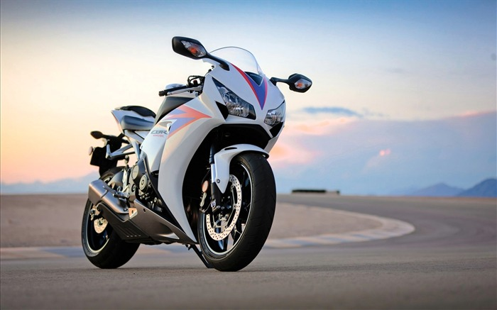 honda cbr1000rr-Bike Motorcycle HD Wallpaper Views:3617