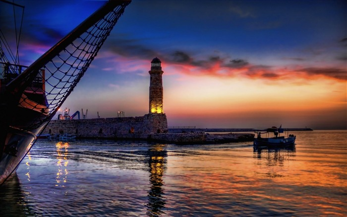 lighthouse at twilight-landscape HD Wallpaper Views:3363