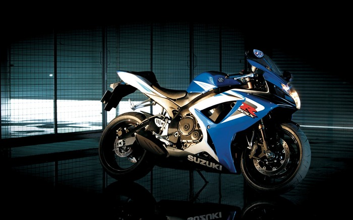 suzuki gsx r750-Bike Motorcycle HD Wallpaper Views:2078