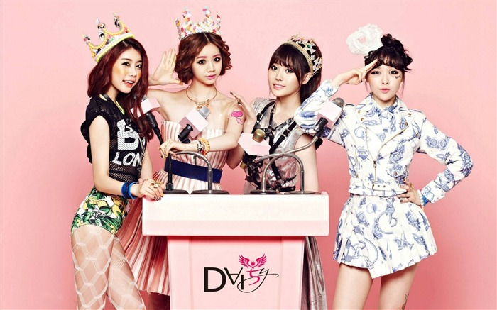 Girls Day Korean beauty portfolio wallpaper 03 Views:15087