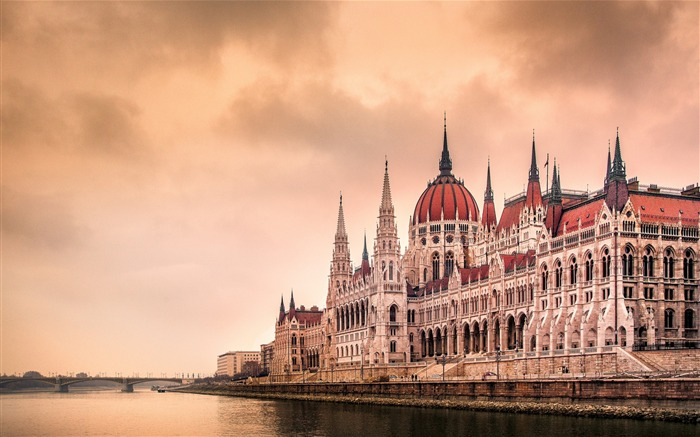 Hungary Budapest city architectural photo HD wallpaper 28 Views:1670