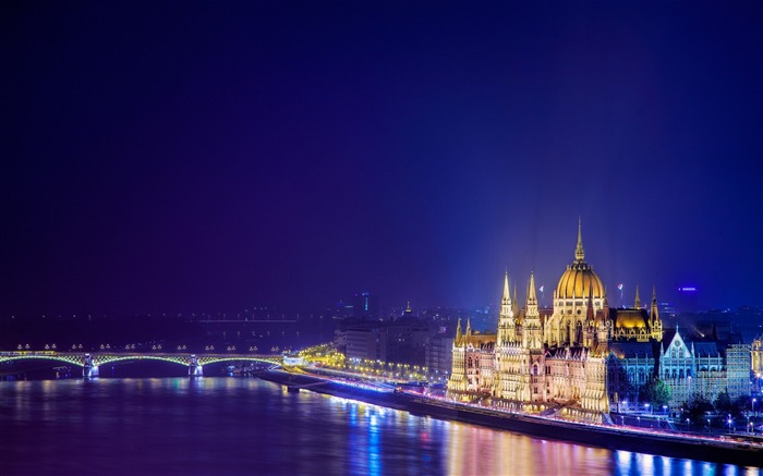 Hungary Budapest city architectural photo HD wallpaper Views:8827
