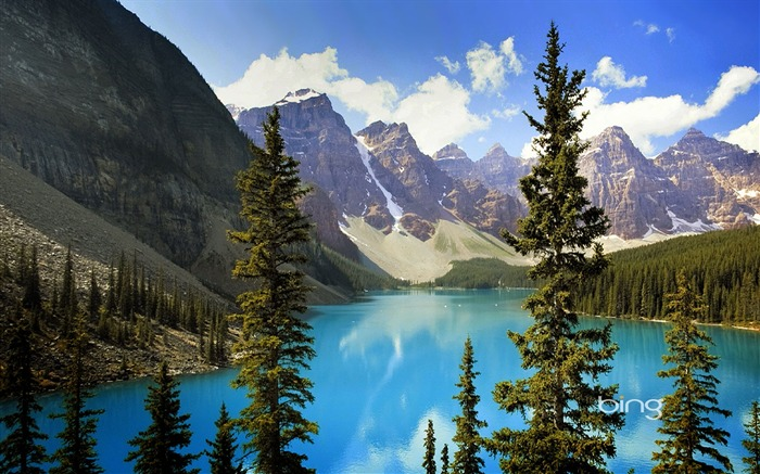 Clear mountain lakes-October 2013 Bing wallpaper Views:3742