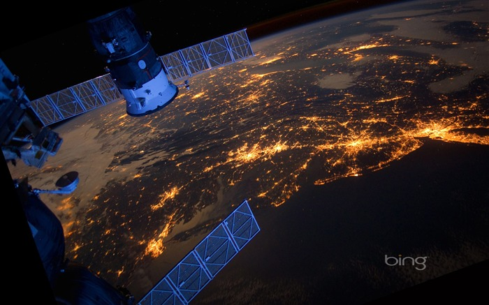 Space Station Earth Night-October 2013 Bing wallpaper Views:23631