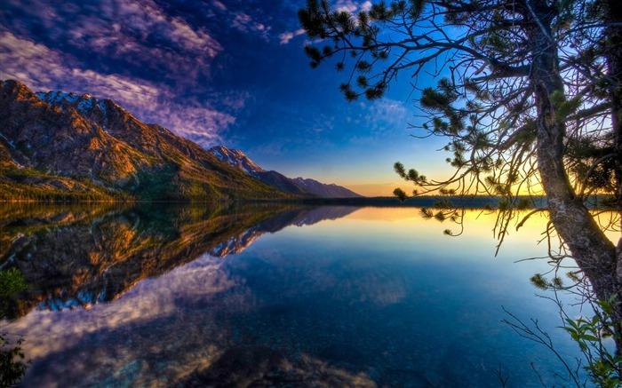 美丽的湖光倒影-风景高清壁纸
