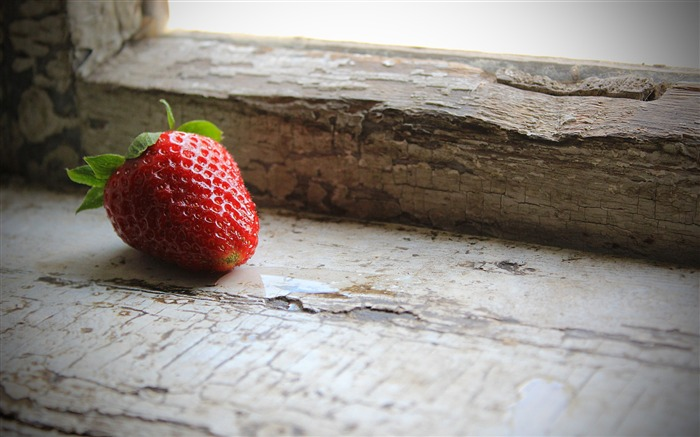 strawberries berry sill-Food HD Wallpaper Views:2215