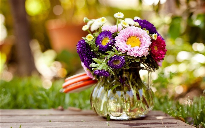 vase flowers glass-Photos HD Wallpaper Views:2054