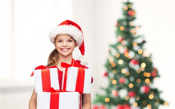 merry christmas tree little girl-Holidays wallpaper Views:3946