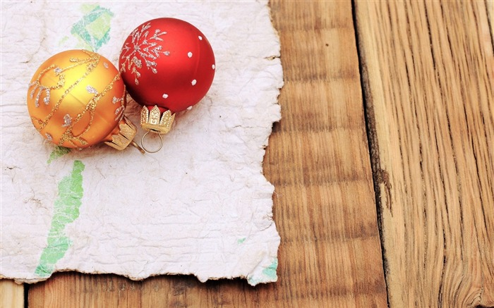 new year christmas balls-Holidays wallpaper Views:1607