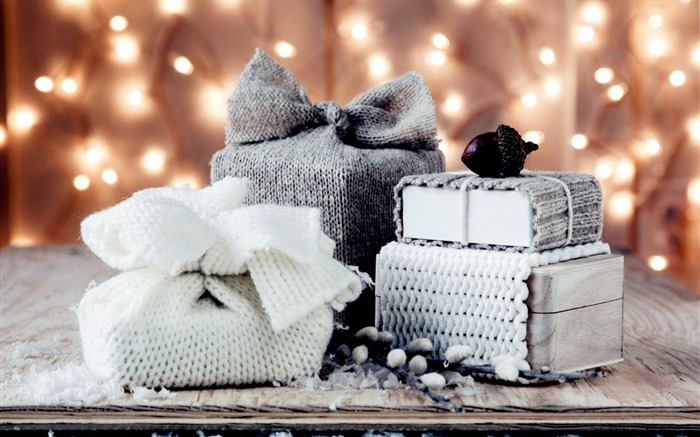 winter gifts christmas-Holidays wallpaper Views:2947