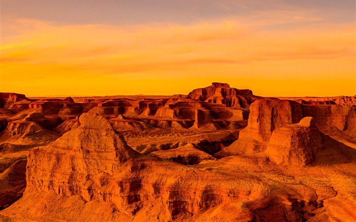 Gobi Desert Sunset-Windows HD Wallpaper Views:3799