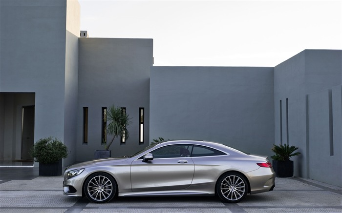 2015 Mercedes-Benz S-Class Coupe Auto HD Wallpaper 05 Views:3426