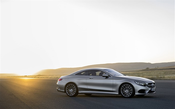 2015 Mercedes-Benz S-Class Coupe Auto HD Wallpaper 16 Views:3290