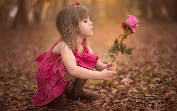 dreamy child girl-Photo HD Wallpaper Views:6558