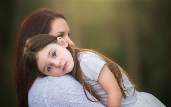 mother and daughter-Photo HD Wallpaper Views:5350