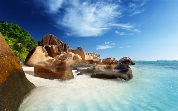 exotic island-scenery wallpaper Views:3734