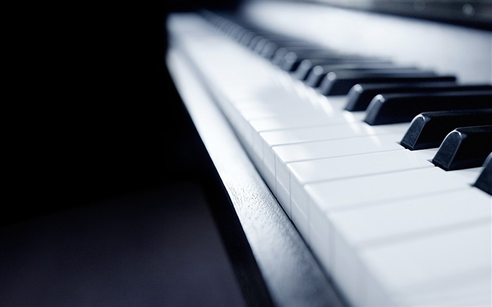 windows 8 piano-Brand Desktop Wallpaper Views:1692