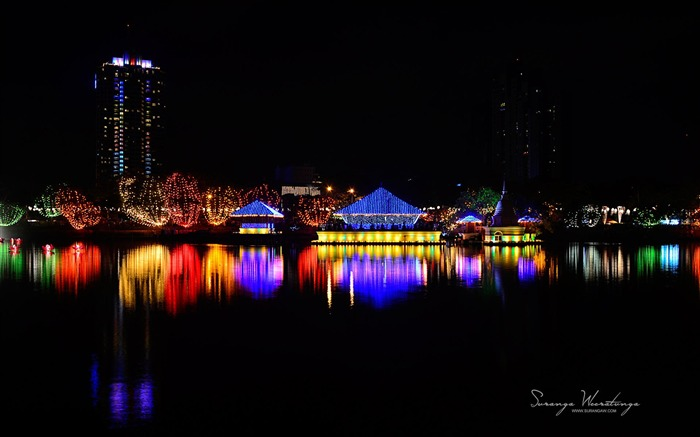 Harbour night-Sri Lanka Win8 wallpaper Views:2217