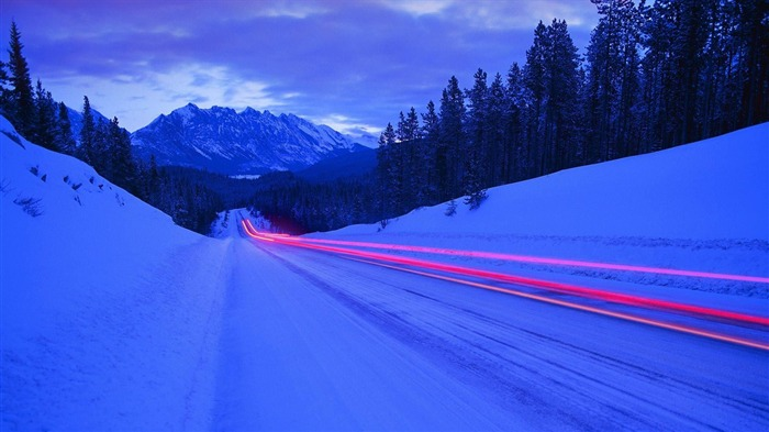 Long Winter Road-Summer Photo HD Wallpaper Views:2809