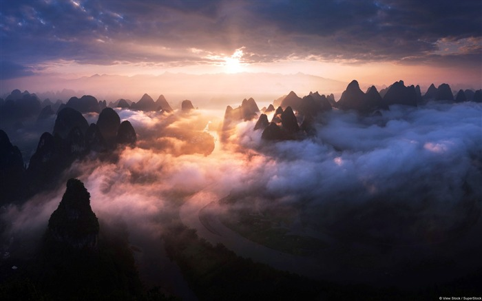 Guilin Yangshuo mist-Windows Theme Wallpaper Views:4673