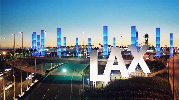 LAX Airport At Night-City HD Wallpaper Views:3661