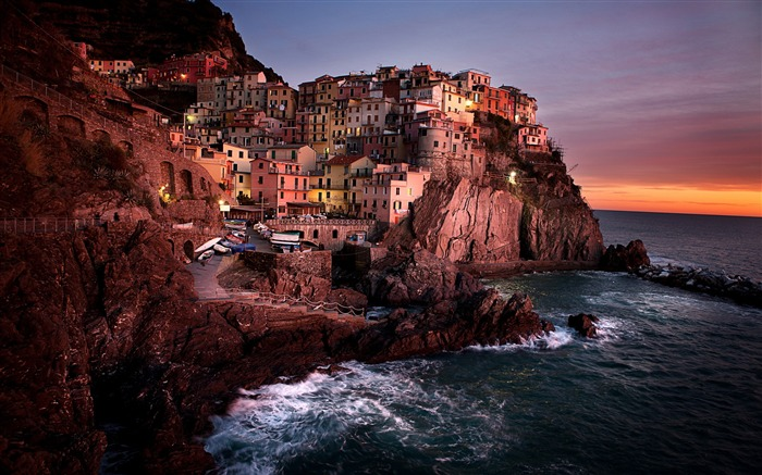 The seaside town of Sunset-Retina landscape wallpapers Views:3303