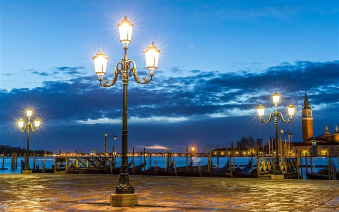 italy venice lights night-City HD Wallpaper Views:2657