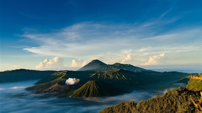 Indonesian Volcano-Nature HD Wallpaper Views:2922