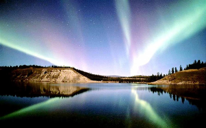 Northern Lights 2014-Nature HD Wallpaper Views:4515