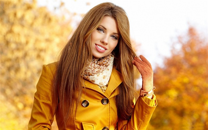 girl in autumn-Beauty photo wallpaper Views:2536