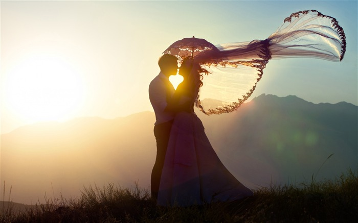 love in the sunset-high quality Wallpaper Views:2805