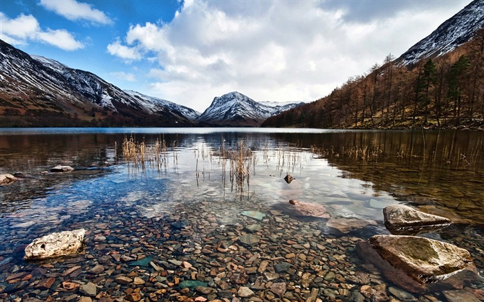 Crystal clear-Lakes landscape photography wallpaper Views:2264