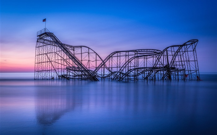 Roller Coaster Track-Scenery HD Wallpapers Views:1743