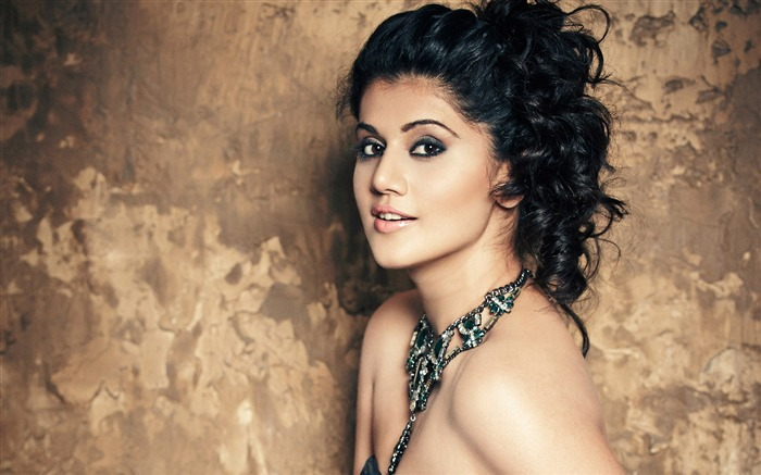 taapsee pannu-photo HD Wallpapers Views:1480