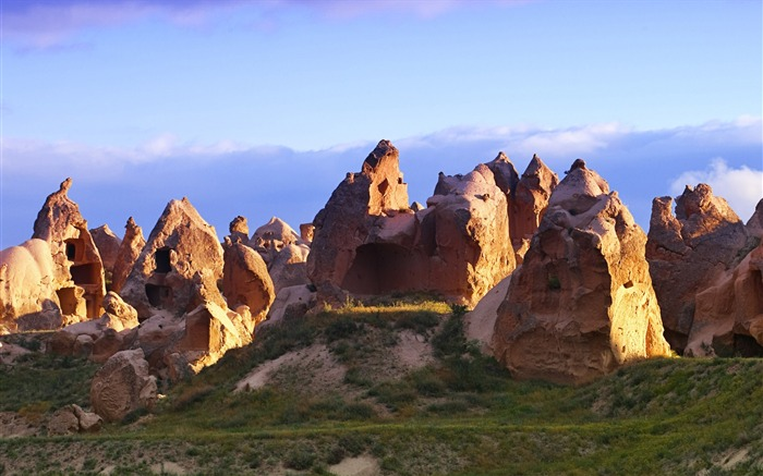 Cappadocia fairy chimney rock-Windows 10 HD Wallpaper Views:2021
