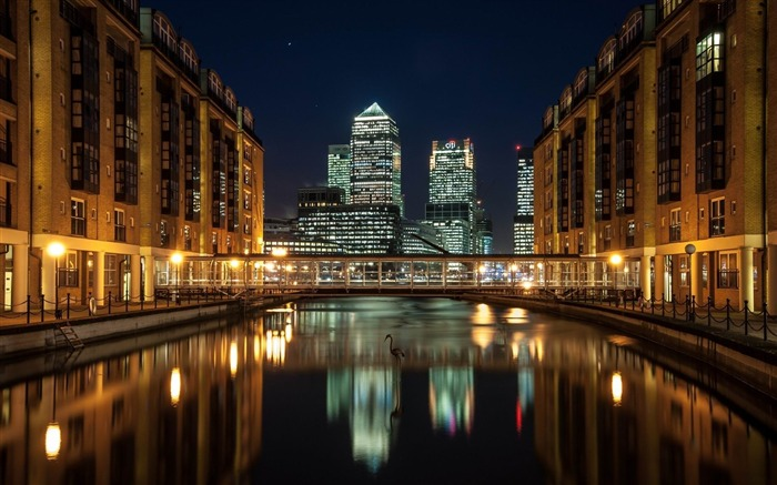canary wharf view-Cities HD Wallpaper Views:2213