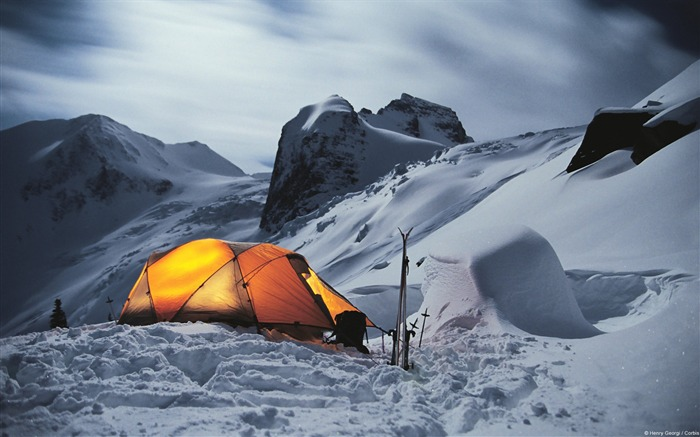 Winter Camp-Windows 10 HD Wallpaper Views:11792