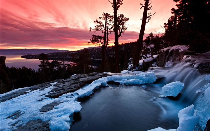 emerald bay california-Nature wallpaper Views:4321 Date:12/12/2014 11:22:50 PM