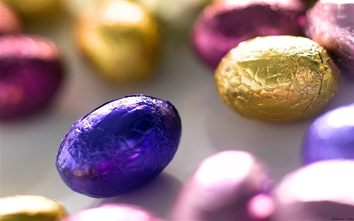 Candy Eggs-Windows 10 HD Wallpaper Views:1836