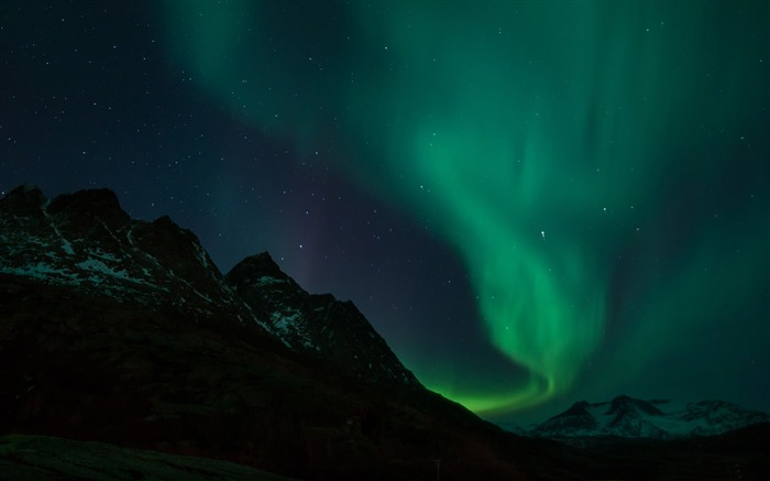 aurora borealis-HD Scenery Wallpaper Views:3531