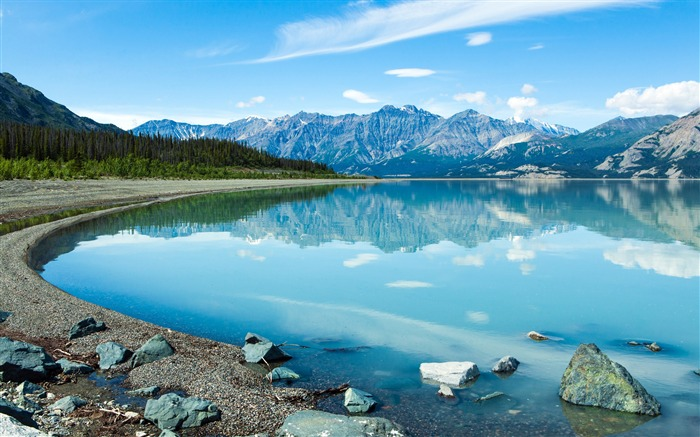 reflection in the yukon-photo HD wallpaper Views:1538