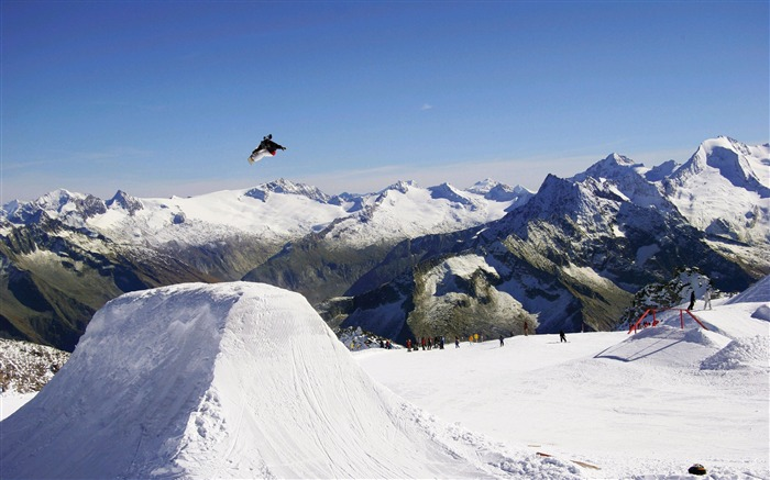 Amazing snowboarding extreme sports wallpaper 09 Views:2576