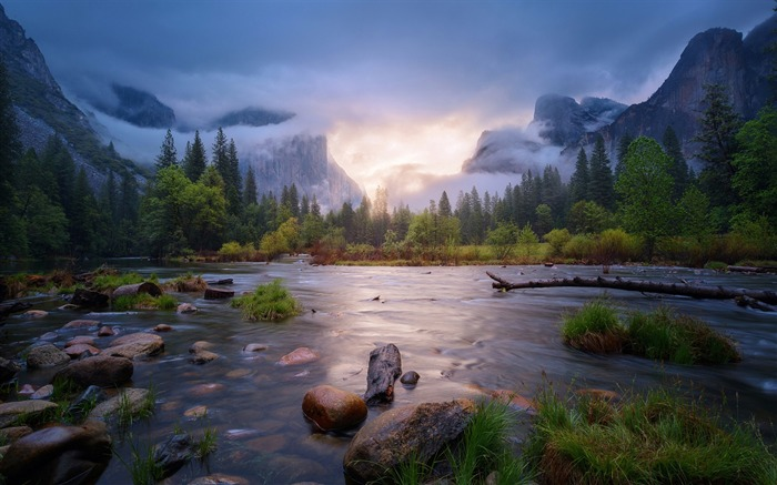 Gurgling river-iMac System Scenery HD Wallpaper Views:2162