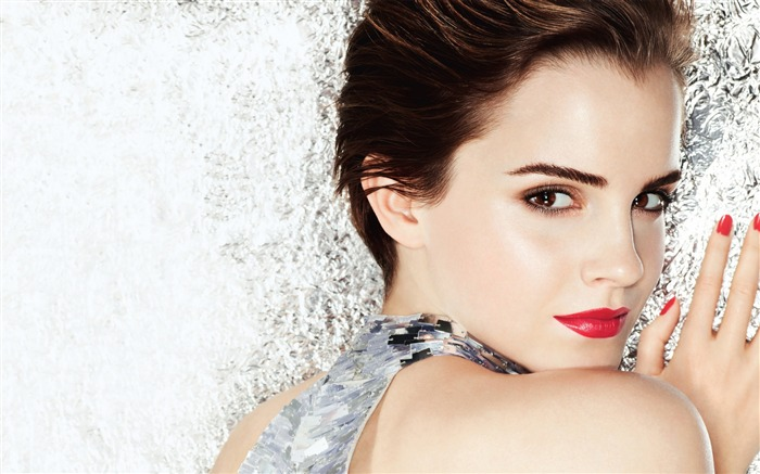 Emma Watson-HD Photo Wallpaper Views:2321
